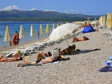 800px-early_day_at_the_zlatni_rat_5970941112