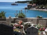 800px-graveyard_isle_of_brac_croatia_2011