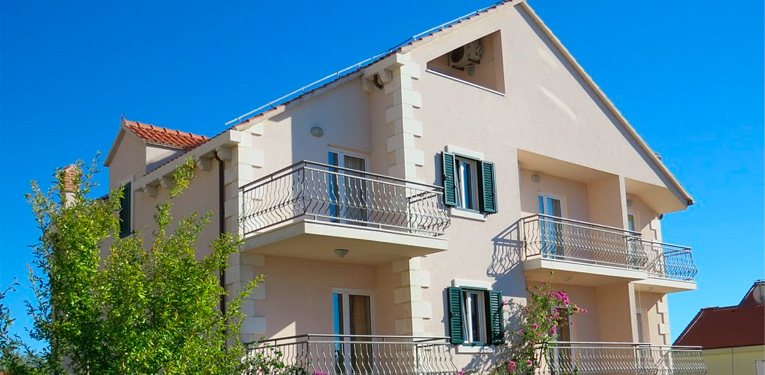 apartments in bol villa vallum