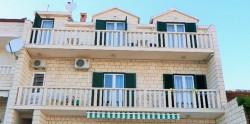 Apartmani u Bolu na otoku Braču